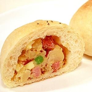 【ママパン】ショルダーベーコンと新じゃがいものパン