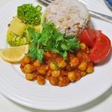 豆カレーと雑穀ご飯のヘルシーワンプレート
