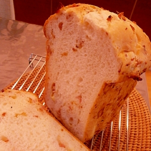 ホームベーカリー。早焼きオニオンベーコンチーズパン
