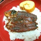 山椒の実で煮た鰻と伊達巻のご飯