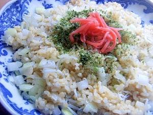 発芽米で❤白い具の炒飯♪(しらす&大根&タマネギ)