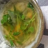 胡麻香る♡豆苗の粒コーンスープ