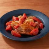 厚切りバラ肉とトマトの青じそ炒め