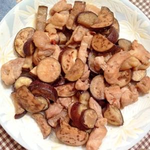 ナスと鶏もも肉のピリ辛甘酢炒め