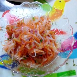 タイのシリシリ春雨サラダ