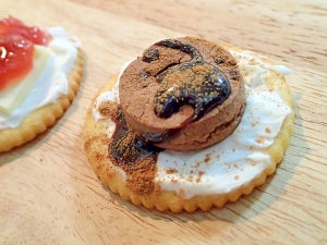 マスカルポーネとチョコクッキーのシナモン香るリッツ