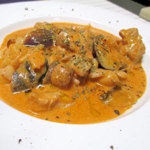 秋の雰囲気☆鶏肉と秋食材のトマトクリーム煮