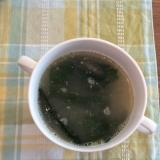 わかめとすりゴマのスープ