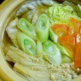 100円ショップの土鍋で♪鱈とたっぷり野菜の寄せ鍋