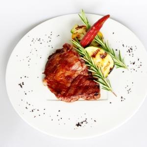 食べる国宝 マンガリッツァ豚 肩ロースのグリル