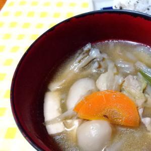 【おばあちゃんの】旨味たっぷり芋の子汁☆鶏肉入り