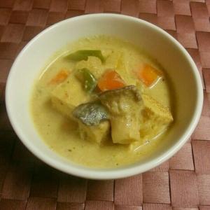 焼き豆腐のベジグリーンカレー
