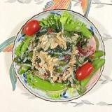 海藻サラダ、アスパラ、ロースハムのサラダ