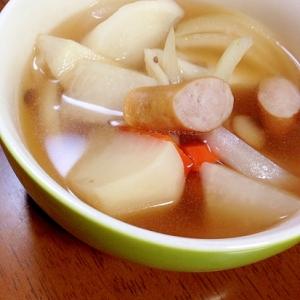 かぶ、野菜、ウインナーの和風スープ