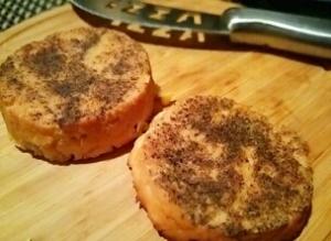 まるでチーズ、酒粕の燻製