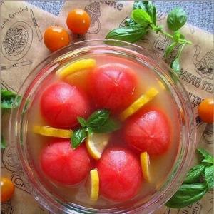 レモン風味でサッパリと・・ひんやりトマトのマリネ♪