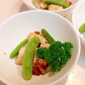 鶏胸肉とスナップエンドウのマヨネーズ炒め