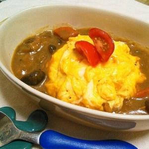 ソースご飯で簡単美味しい♪オム海老ツナカレー♡
