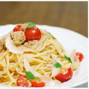 ツナとミニトマトの冷製スパゲッティ(黒胡椒多め)