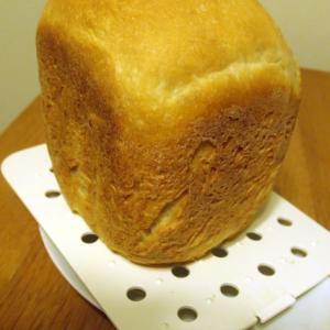粉チーズとオリーブオイルの食パン(HB)