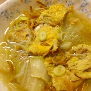 卵、金針菜、春雨入れスープ