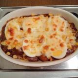 ハヤシライスとゆで卵のチーズパスタ