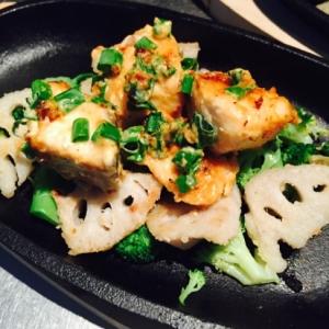 お野菜たっぷり〜〜鮭の味噌マヨネーズ焼き