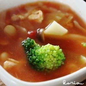 野菜たっぷり・トマトスープ