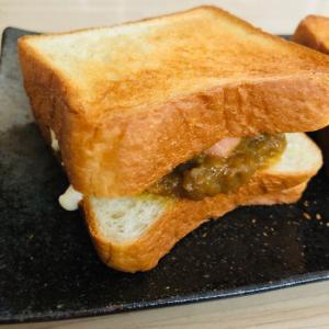 カレーチーズサンドトースト