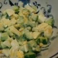 きゅうりとチーズとゆで玉子のカクテルサラダ