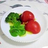 初収穫のバジルのトマトサラダ♪