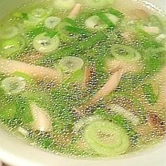 ねぎとしめじの中華スープ