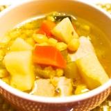 圧力鍋で簡単!野菜の旨み抜群のコンソメスープ