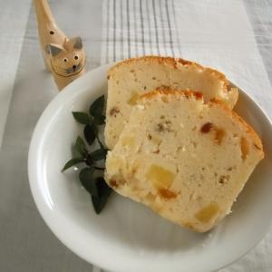 簡単ヨーグルトケーキ た~ぷりパイナップル入り