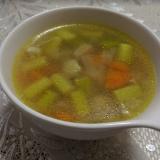 もち麦と鶏もも肉のカレースープ