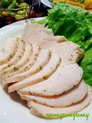 蒸し鶏です☆むね肉も簡単にジューシー&やわらか~♪