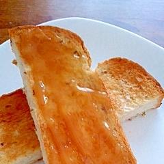 ハチミツねりごまのライ麦トースト