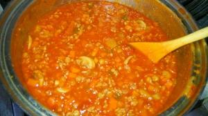 レンズ豆いり、ミートソース