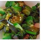 新鮮なすと胡瓜の塩もみサラダ
