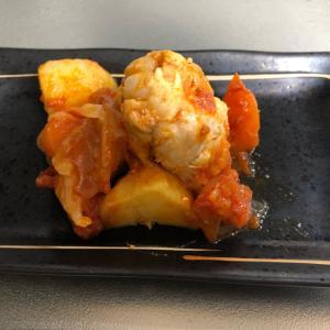 炊飯器で!!手羽元のトマト煮込み
