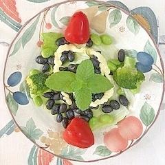 蒸し黒豆に、枝豆、ブロッコリー、ミニトマト