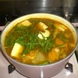 コチュジャンで作る根菜たっぷりチゲ