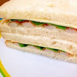 竹輪とチーズと大葉のサンドイッチ