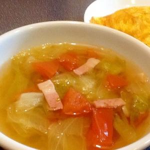 レタスとトマトのスープ:レタスの栄養まるごと摂取!