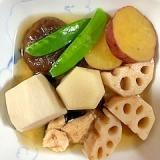 鶏ムネ肉、レンコン、里芋、さつま芋の煮物