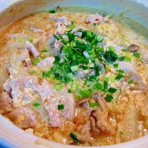 白菜と豚肉のニンニクたっぷり豆乳鍋☆辛味噌風味