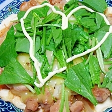 フライパンで簡単☆照り焼きチキンピザ