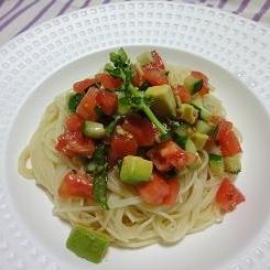 10分で☆混ぜるだけの超簡単冷製トマトスパゲティ