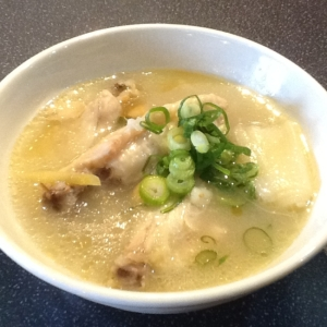 サムゲタンスープ