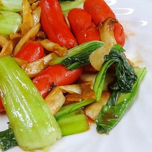 「赤ウィンナーとエリンギ青梗菜の牡蠣油炒め」